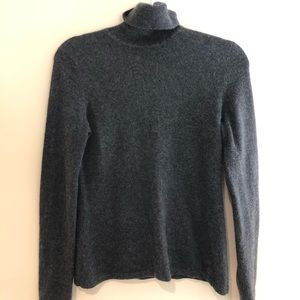 Lord and Taylor 100% cashmere sweater